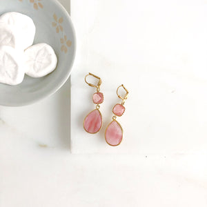 SALE Grapefruit Pink Bridesmaids Earrings in Gold. Dangle Earrings. Drop. Gift Jewelry. Wedding Jewelry. Bridal Party Gift.