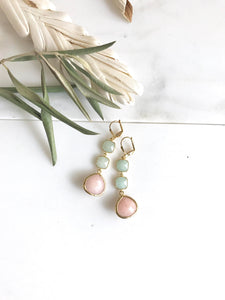 Long Peach and Mint Jade Bridemaid Earrings in Gold. Dangle Earrings. Drop. Gift Jewelry. Wedding Jewelry. Holiday Jewelry. Christmas Gift.