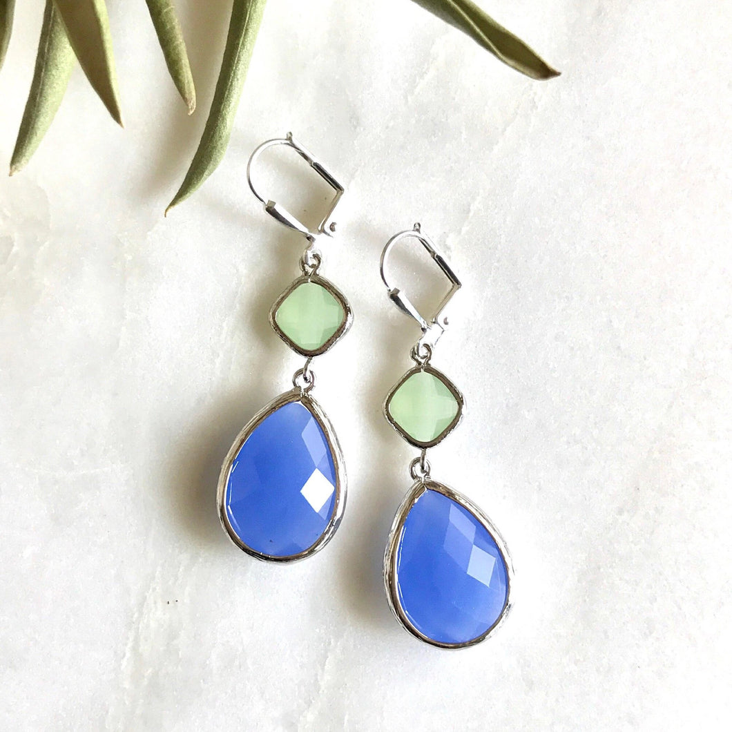 Periwinkle Blue and Mint Dangle Earrings in Silver. Bridesmaids Earrings. Fashion Earrings. Jewelry. Free Shipping. Wedding. Gift.