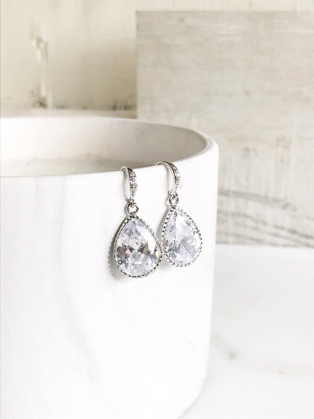 Wedding Earrings. Bridal Drop Earrings. Wedding Jewelry. Cubic Zirconia Drop Earrings in Silver. Dangle Earrings. Bridal Jewelry.
