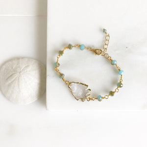 Beaded Bracelet with Aqua Blue or Purple Stones and Clear Arrowhead in Gold. Beaded Bracelet. Gemstone Bracelet. Beaded Bracelet. Jewelry