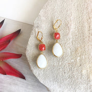 White and Red Dangle Earrings. Bridal Earrings. Bridesmaids Gift. Red and White Earrings.