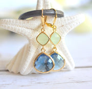 Blue and Mint Drop Earrings in Gold. Sapphire Bridesmaid Dangle Earrings. Drop. Bridesmaids. Wedding Jewelry. Bridal Jewelry. Gift.