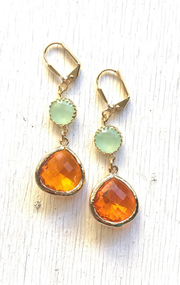 SALE - Dangle Earrings. Orange Teardrop and Mint Stone Dangle Earrings. Fashion Earrings. Mint Orange Bridesmaid Earrings. .
