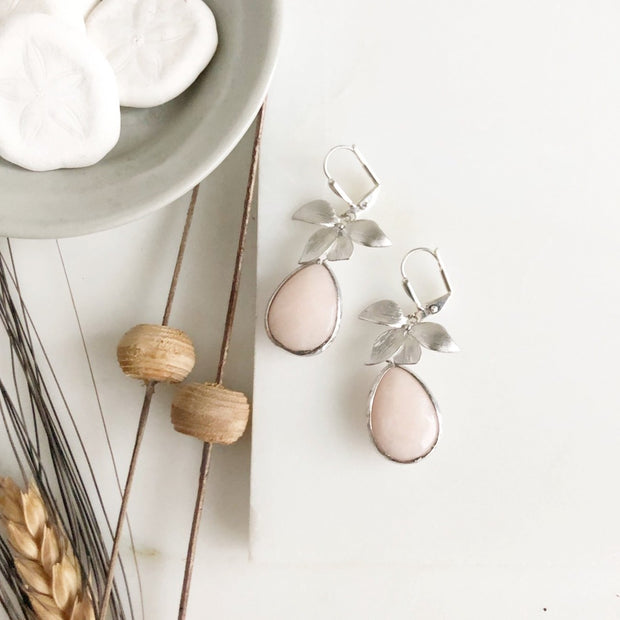 Simple Earrings with Pale Peach Stone and Silver Flowers.