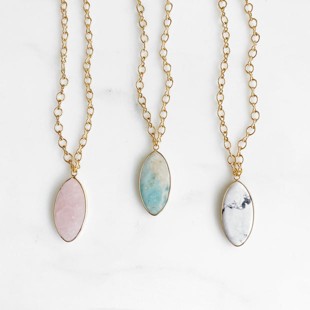 Chunky Gemstone Necklace in Gold. Rose quartz, Amazonite or White Turquoise