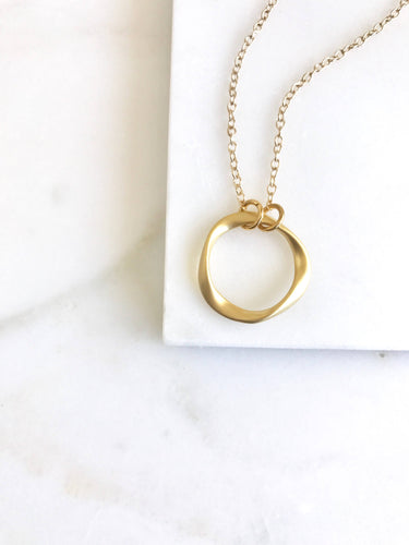 Twisted Circle Simple Gold Layering Necklace. Everyday Gold Circle Pendant Necklace. Dainty Gold Necklace. Gift for Her. Layering Necklace.