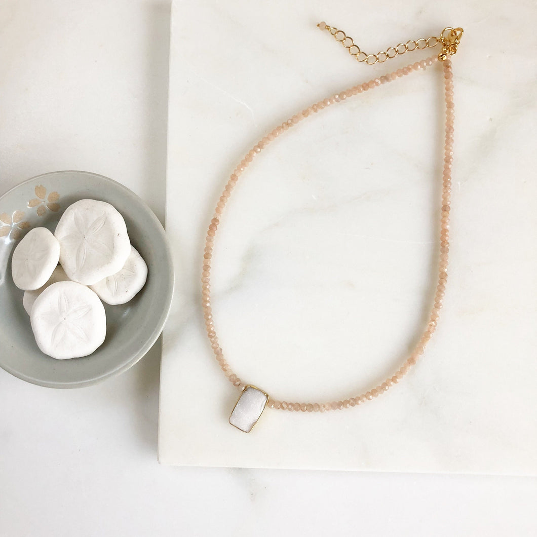 White Druzy Necklace. Beaded Necklace. Champagne Necklace. Choker Necklace. Bridal Necklace. Bridal Jewelry. Gift.