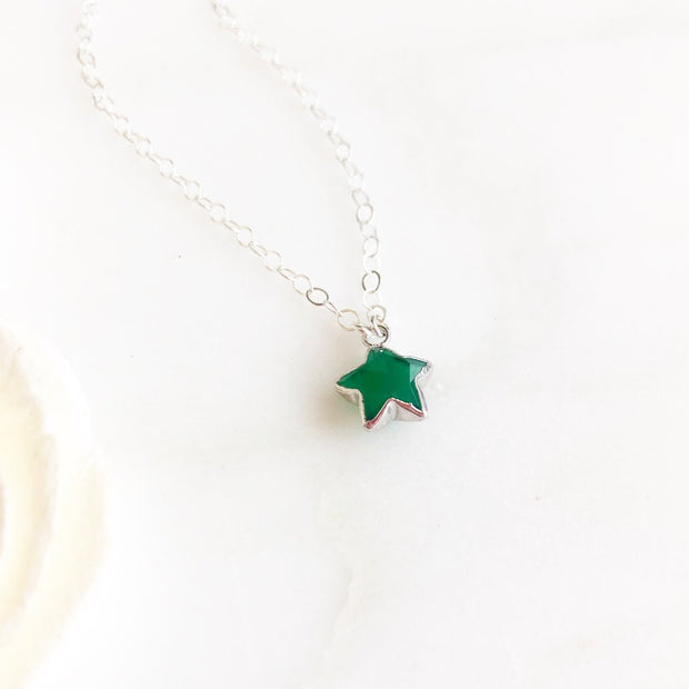 Green Star Necklace. Green Onyx Silcer Star Necklace. Simple Necklace. Layering Necklace.