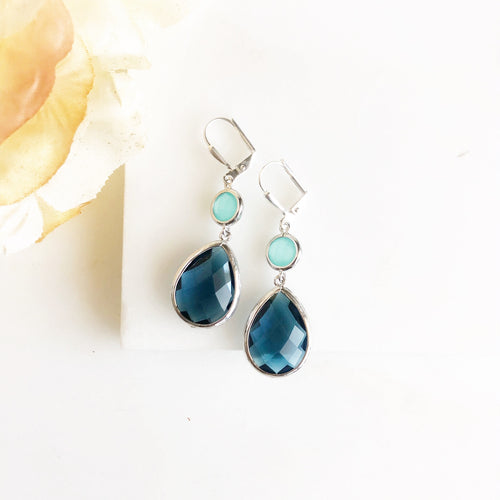 Aqua and Navy Glass Drop Earrings in Silver. Bridal Earrings. Bridesmaid Gift.