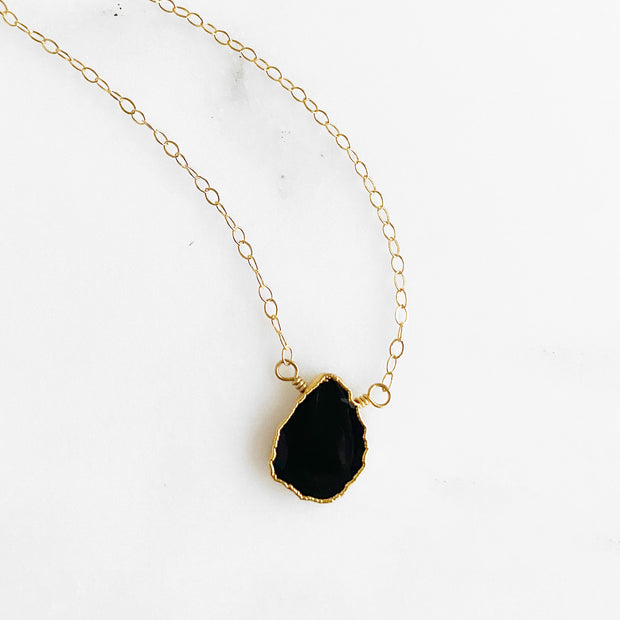 Black Onyx Gemstone Slice Necklace in Gold. Dainty Gemstone Layering Necklace. Simple Delicate Crystal Necklace