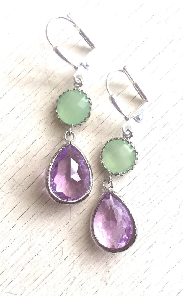 Bridesmaids Earrings in Silver. Mint and Purple Wedding Earrings. Bridesmaids Dangle Earrings. Wedding Jewelry. Mothers Day Gift. Bridal.