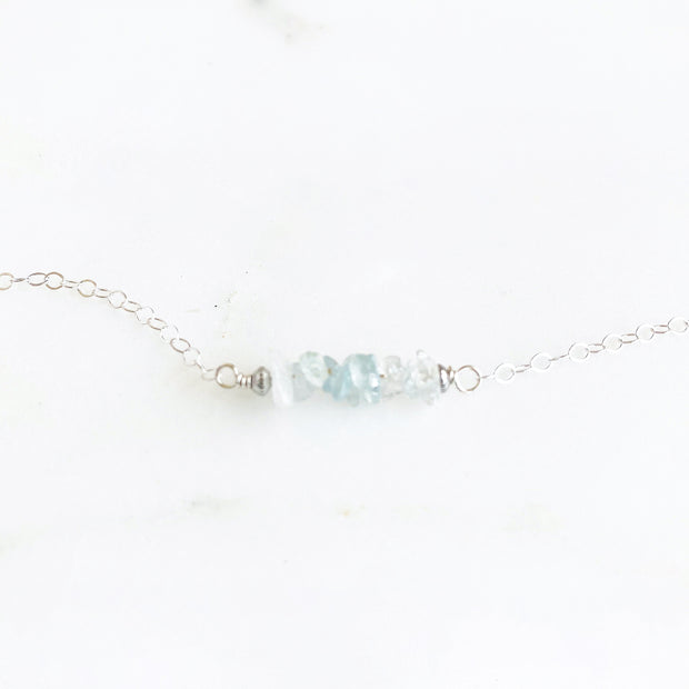 Aquamarine Chip Beaded Bracelet in Sterling Silver. Dainty Crystal Beaded Bracelet