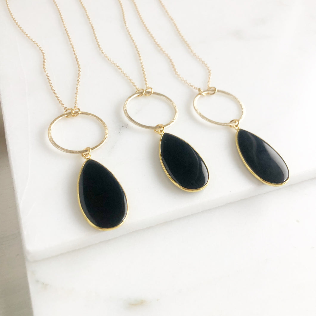 Long Black Teardrop Necklace in Gold. Long Onyx Stone Necklace. Long Necklace.