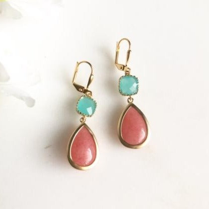Coral and Aqua Bridesmaid Earrings. Bridal Jewelry.