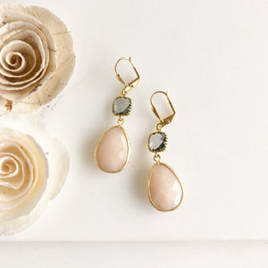 Soft Peach and Charcoal Earrings in Gold. Bridal Earrings. Bridesmaids Gift.