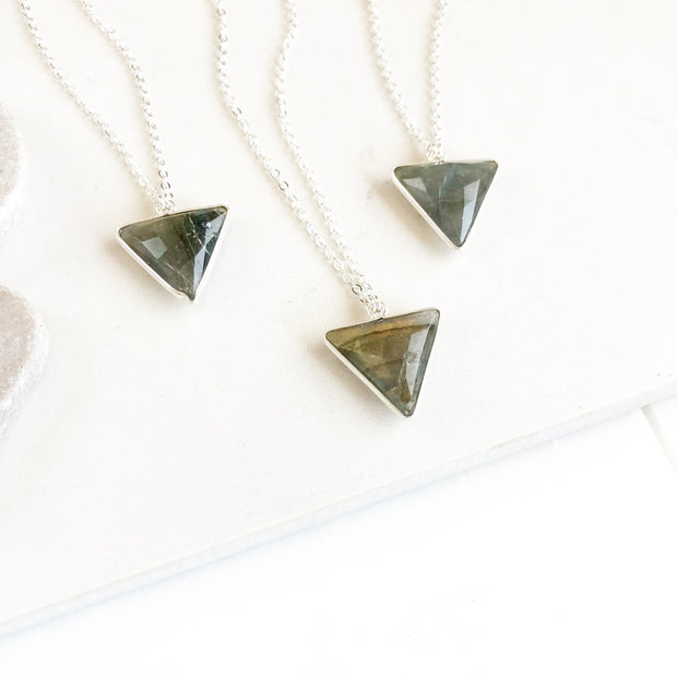 Petite Labradorite Triangle Necklace in Silver. Simple Delicate Labradorite Necklace. Labradorite Jewelry in Silver. Layering Necklace. Gift