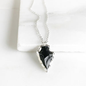 Raw Stone Jewelry. Black Arrowhead Necklace in Silver. Geode Necklace. Silver Jewelry. Stone Necklace. Black Silver Necklace. Jewelry Gift.