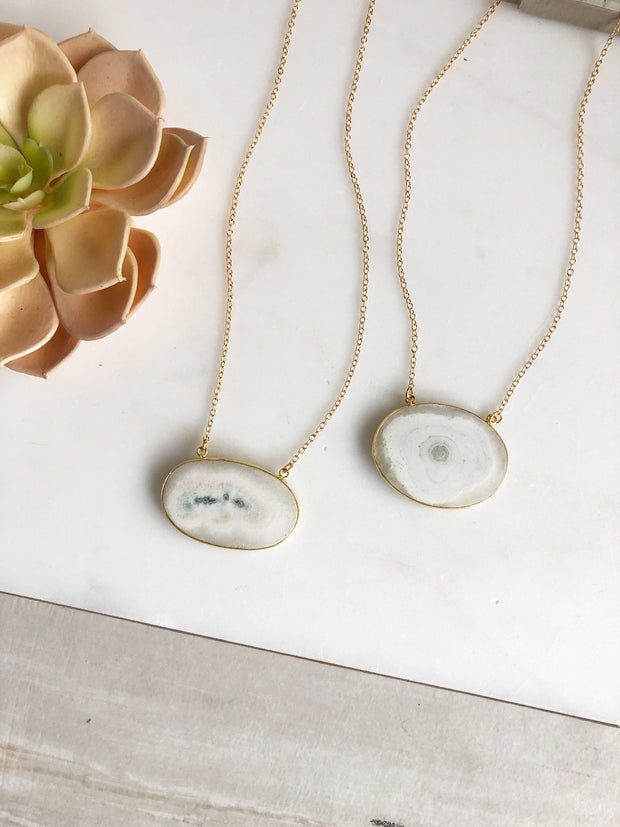Short Gold Stone Slice Necklace. White Grey Neutral Solar Stone Necklace. Oval Everyday Necklace.