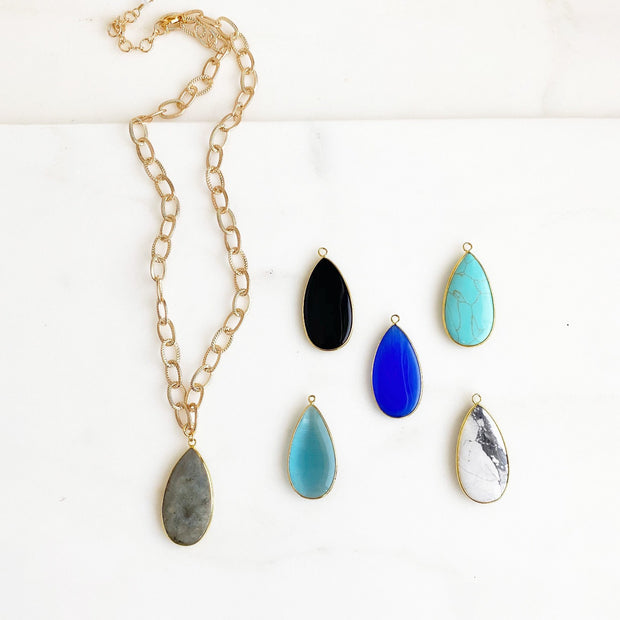 Chunky Chain and Gemstone Teardrop Statement Necklace in Gold. Gem Gold Chain Necklace