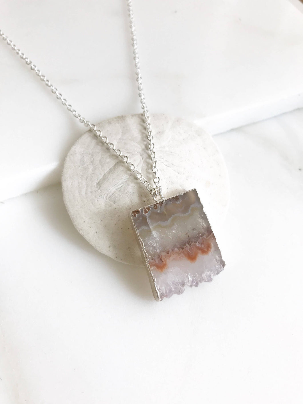 Raw Crystal Necklace in Silver. Geode Necklace. Druzy Jewelry. Natural Crystal Necklace. Amethyst Necklace. Simple Geode Necklace. Gift.