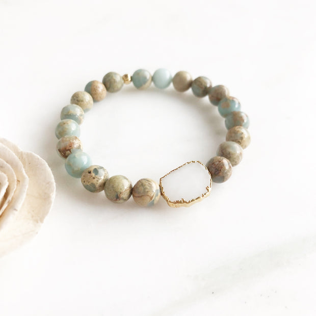 White Quartz Slice and Aqua Terra Jasper Beaded Bracelet. Gemstone Bracelet. Stretchy Bracelet.