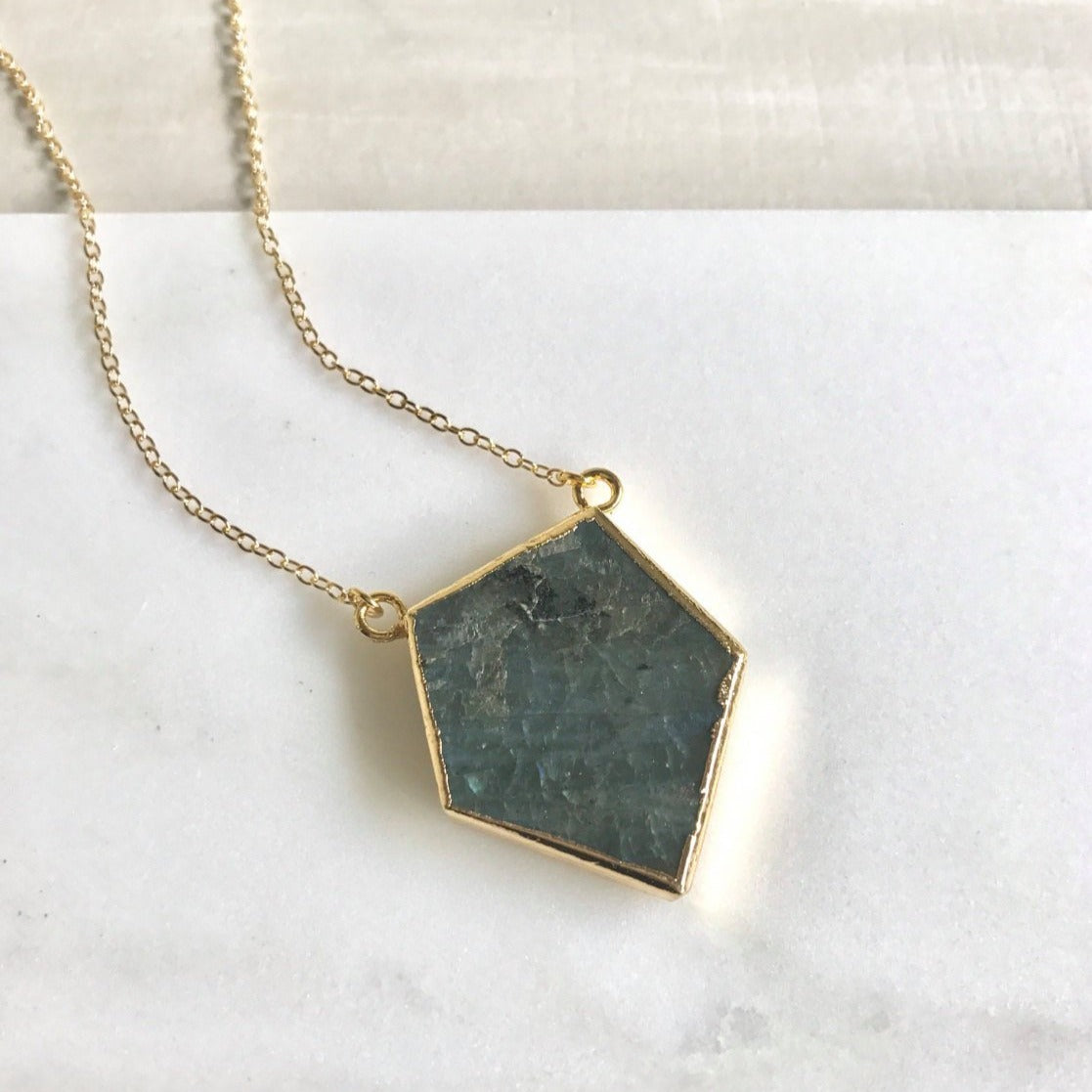 Labradorite Slice Pendant Necklace. Natural Raw Stone Necklace. Geode Necklace. Jewelry. Necklace. Gold Necklace. Crystal Necklace. Gift.