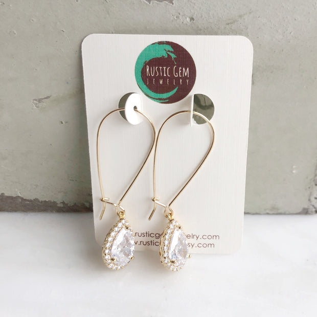Simple Gold Drop Bridal Earrings. Cubic Zirconia Drop Dangle Earrings in Medium Size