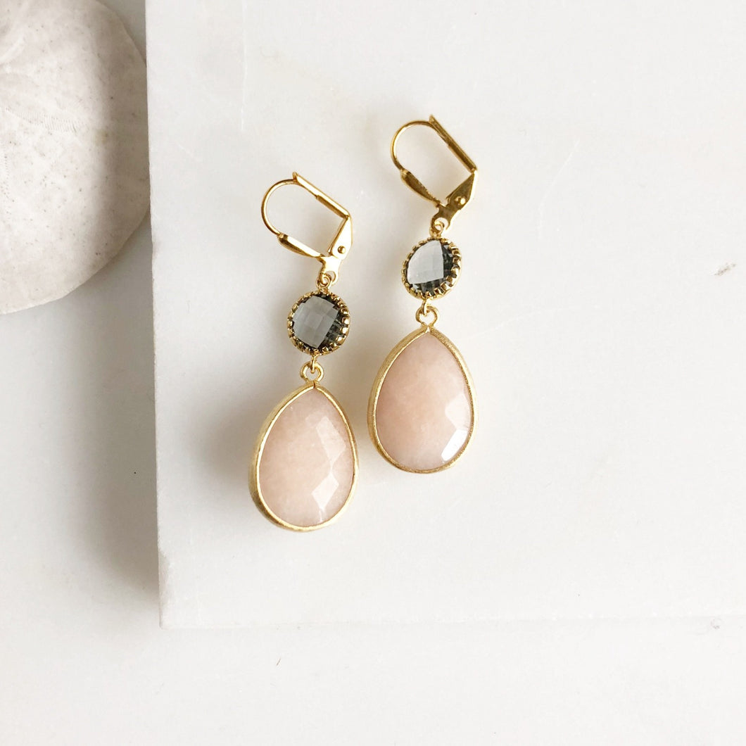 Peach and Charcoal Bridesmaids Earrings in Gold. Dangle Earrings. Drop Earrings.