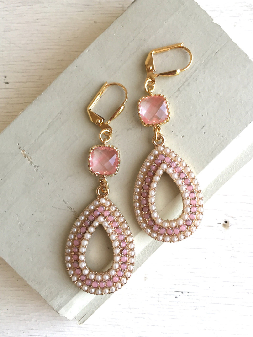 Pink and Pearl Chandelier Earrings in Gold. Summer Statement Earrings. Dangle Earrings. Wedding Jewelry. Beach Earrings. Gift.