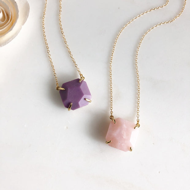 Purple Howlite and Rose Quartz Chunky Stone Necklace in Gold.