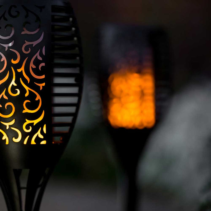 Flickering Solar Garden Lamp