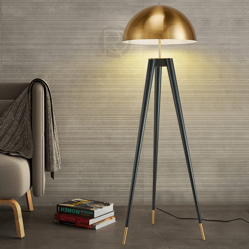 Floor lamp FIFE TRIPOD by Romatti