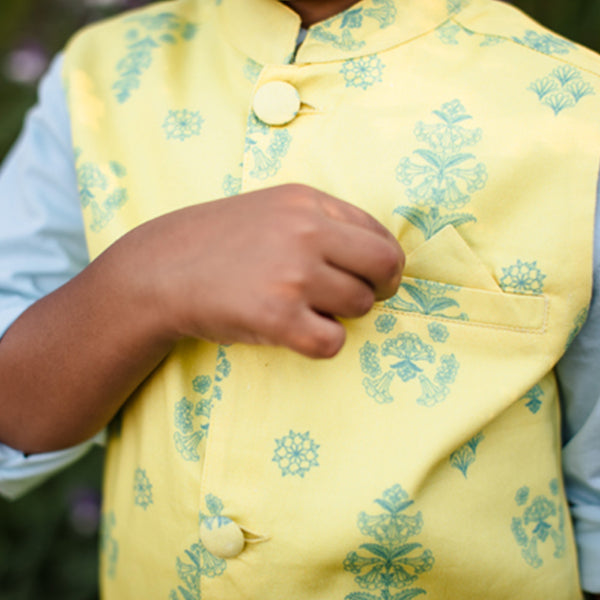 Ari Kurta Set And Kai Organic Vest Bundle in Bloom