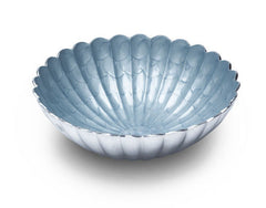 Scalloped round bowl