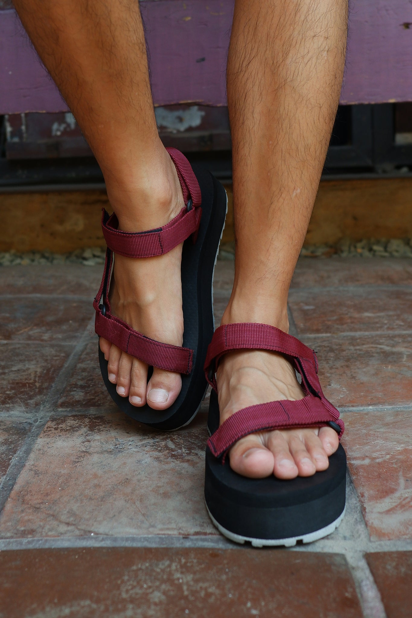 24mm Sporty Sandals in Maroon
