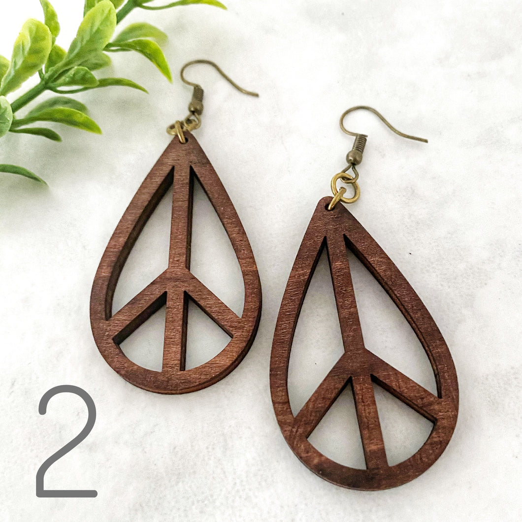 Wood earrings style 2