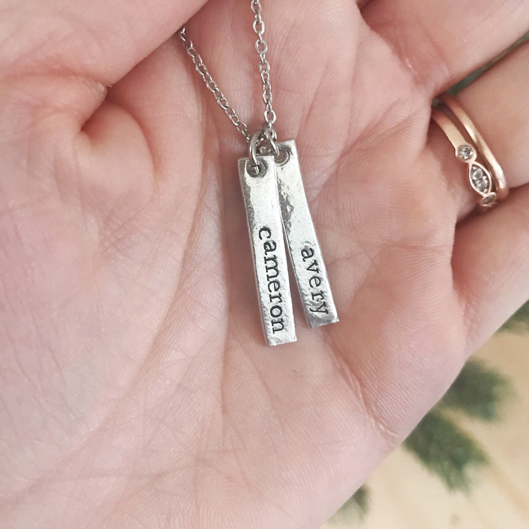 Personalized dainty name necklace for mom