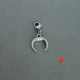 Naja / Crescent Moon / Double-horn Charm with Lobster Clasp and 1 Bangle
