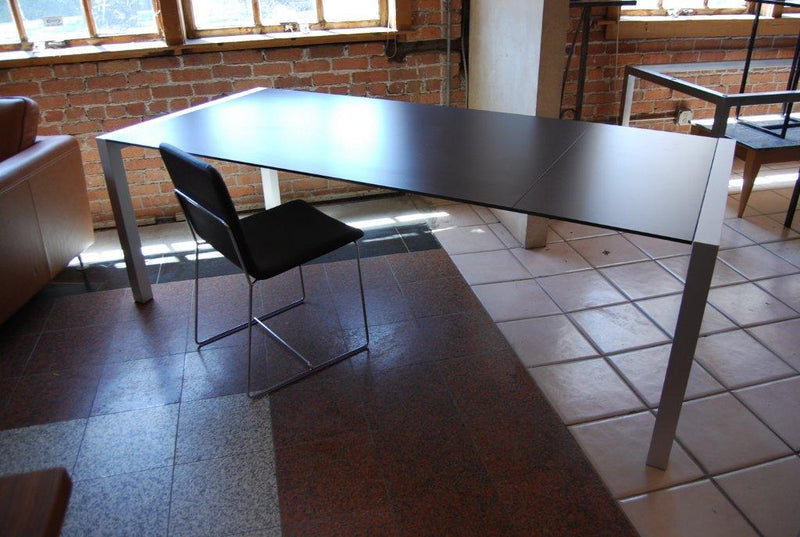 Sushi Dining Table - italydesign.com