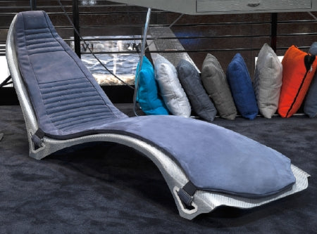 V007 chaise in grey leather