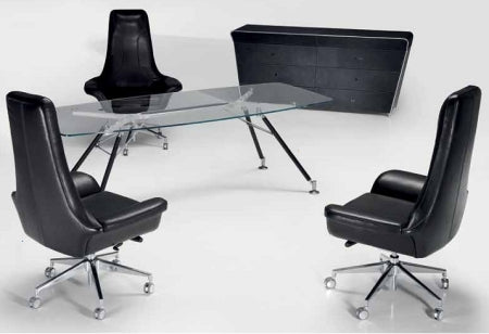 Modern Italian office with three leather chairs
