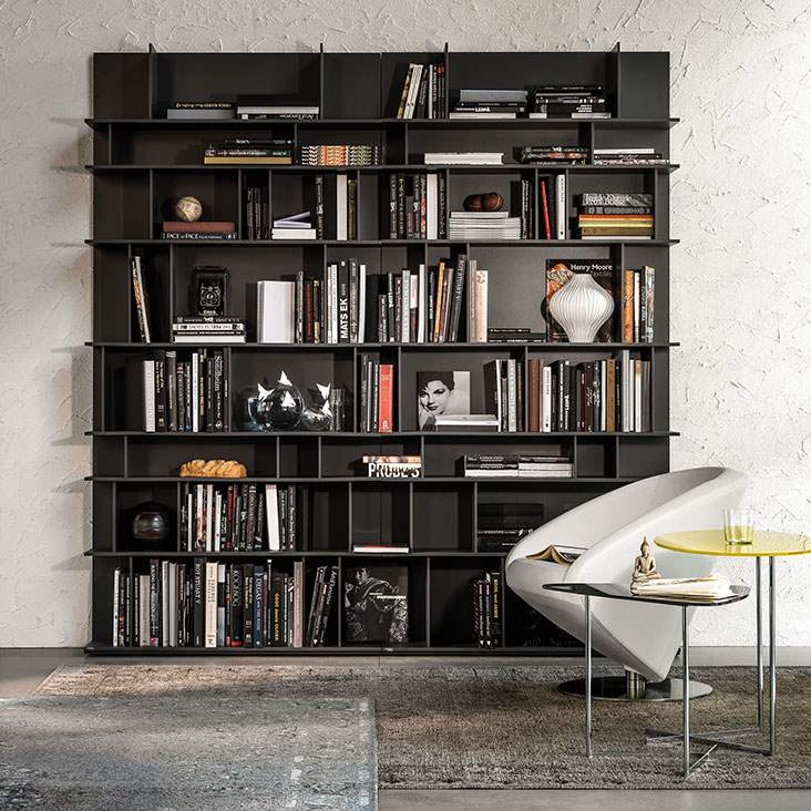 Black version of the Wally bookcase by Cattelan Italia