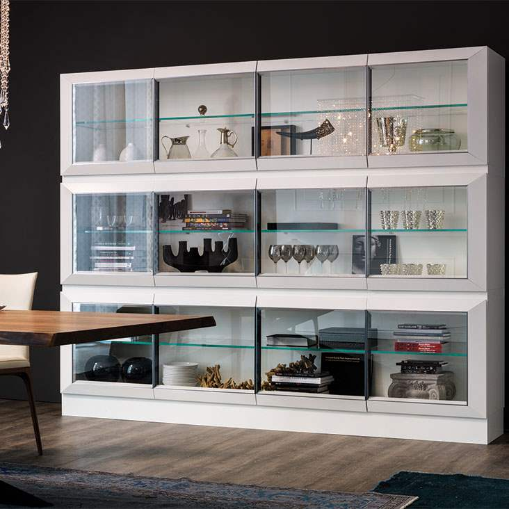 Hilton display cabinet with white finish
