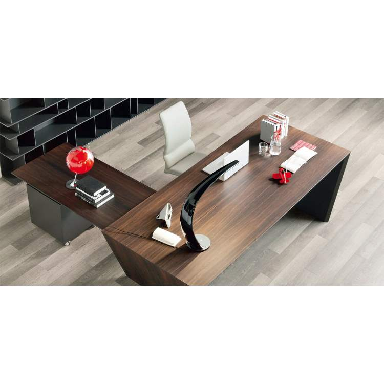 Vega executive office desk made in Italy by Cattelan Italia