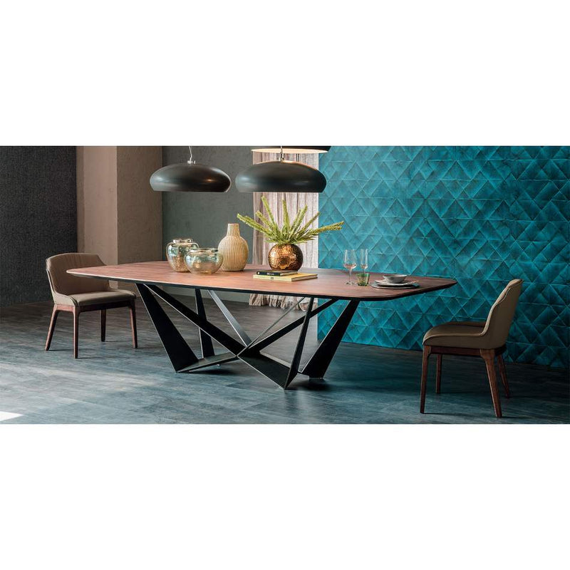 Skorpio wood dining table made in Italy by Cattelan Italia