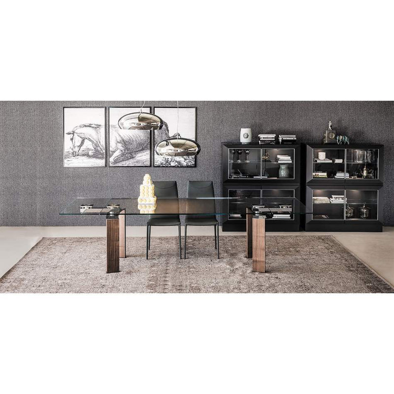 Room with designer Italian dining table