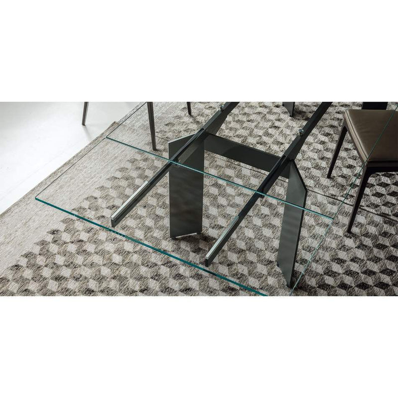 expandable dining table's metal frame