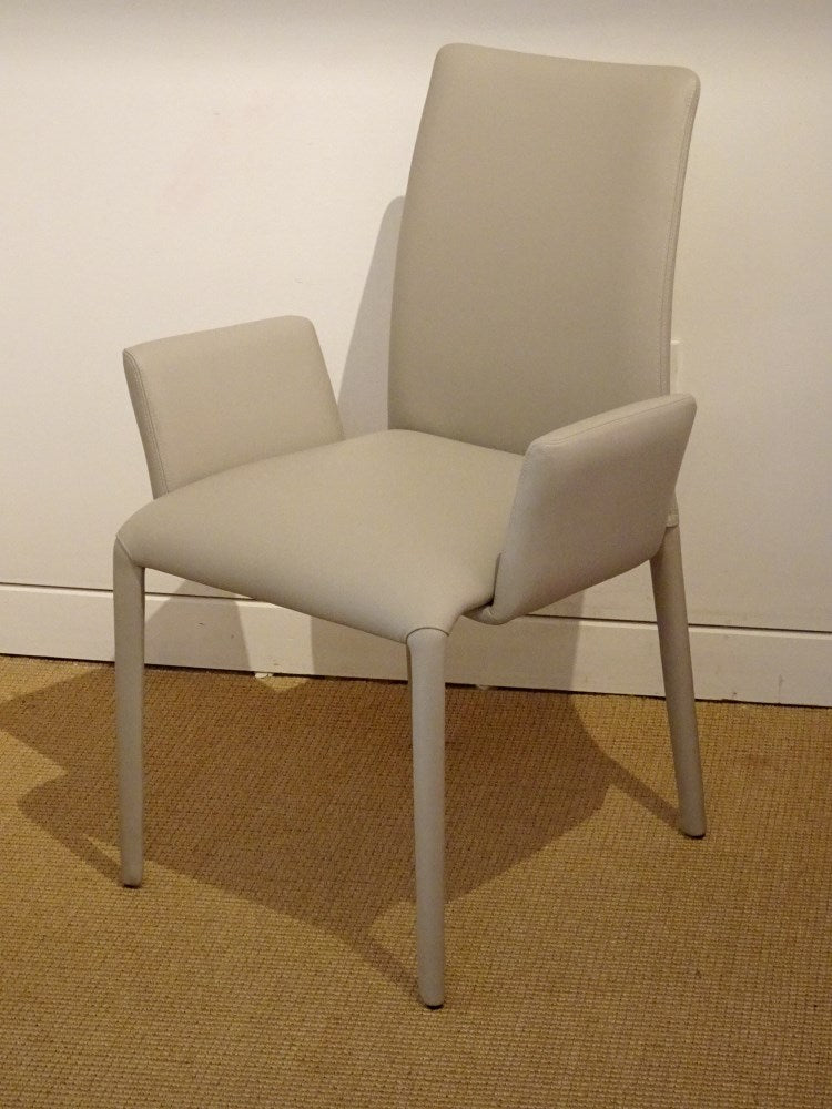 White leather Como Arm Chair | italydesign