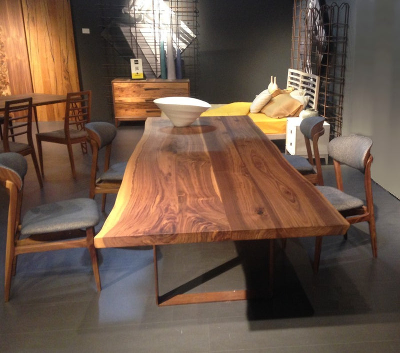 Toscano solid walnut dining table - italydesign.com